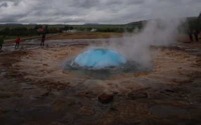 Strokkur ready to fire